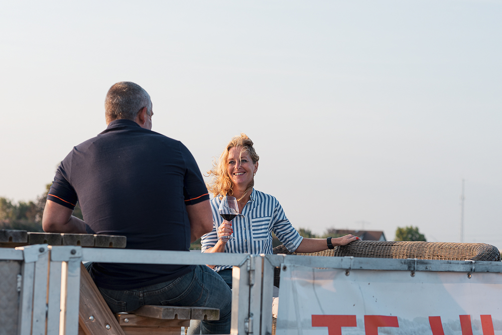Man en vrouw op een boot